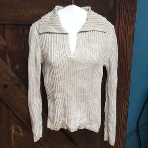 NWOT Tommy Hilfiger V-neck collared sweater